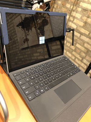 Surface Pro 6 for Sale in Chicago, IL