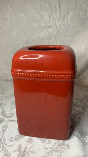 Storage Container (Red) for Sale in Hanover, MD