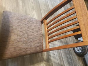 Kitchen table and 4 chairs for Sale in El Mirage, AZ