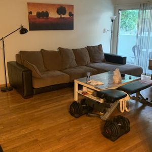 Sectional Sofa for Sale in Santa Monica, CA