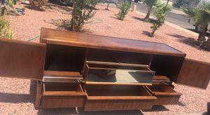 Pretty dresser with mirror. $50 for Sale in Avondale, AZ