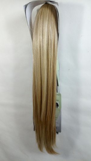 Synthetic Hair piece Extension Ponytail/ Mix of blondes/ 20 inches long/ brand new/ nueva Rubia for Sale in Fullerton, CA