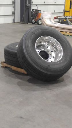 Truck, trailer tires 425/65/22,5 for Sale in SeaTac,  WA