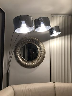 Arching light fixture for Sale in MARTINS ADD, MD
