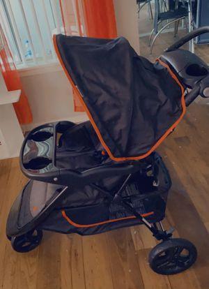 Best baby strollers 3 in one for Sale in Las Vegas, NV
