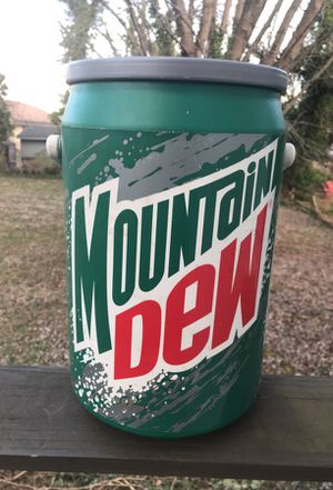 Vintage Mountain Dew Cooler for Sale in Bristow, VA