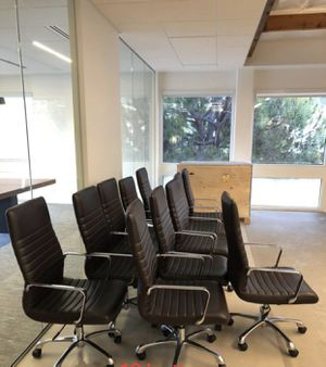 Need to go! 90$ each , office chair🪑 Monroe brand (bought for 345$ each) for Sale in San Diego, CA
