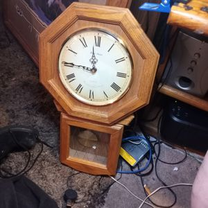 Chime Clock for Sale in Peoria, AZ