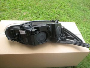 12 13 14 ford focus driver side Headlight OEM for Sale in Baltimore, MD
