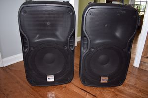 Alto powered speakers whit stands for Sale in Murfreesboro, TN