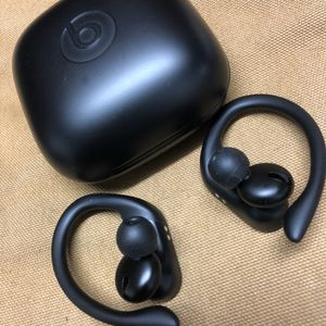 POWER BEATS PRO for Sale in Lake Zurich, IL