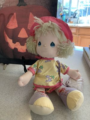 Precious Moments vacation Doll for Sale in Vacaville, CA