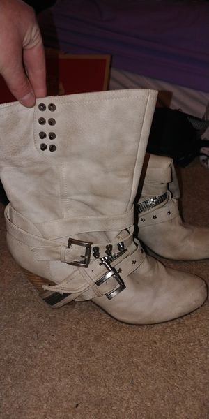 Healed boots size 8 for Sale in Salt Lake City, UT