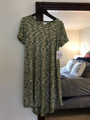 LuLaRoe Carly Dress-New with tag for Sale in Mukilteo, WA