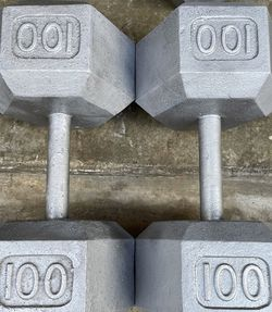 100 Lbs x2 Cast Iron Hex Dumbbells 100s for Sale in Everett,  WA