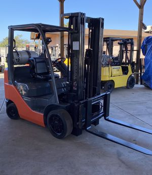2013 TOYOTA FORKLIFT FOR SALE for Sale in Tustin, CA