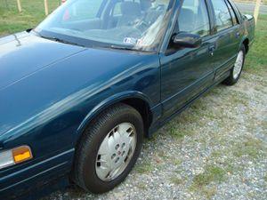 1996 Oldsmobile Cutlass Supreme for Sale in Clinton, MD