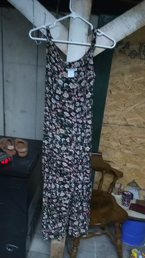 Summer dress. Ultimate brand. Size small for Sale in Freeland, PA