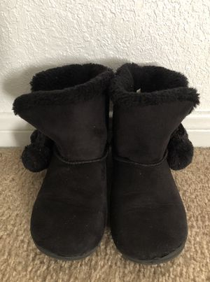 Toddler Girls Winter Boots (sz11) for Sale in Copperas Cove, TX
