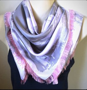 Authentic Louis Vuitton Silk Scarf for Sale in Rochester Hills, MI