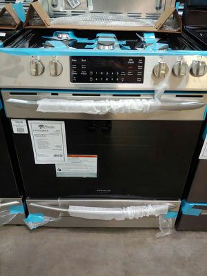 New Frigidaire Gallery Gas Range Slide in With Air Fry 1yr Manufacturers Warranty for Sale in Chandler, AZ