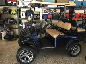 Totally custom golf cart with incredible sound system for Sale in Fort Myers, FL