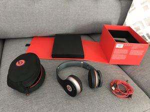 Original beats by Dr. Dre Bluetooth wireless headphones 810-00012-01 for Sale in Las Vegas, NV