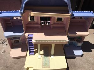 dolls play house for Sale in Phoenix, AZ