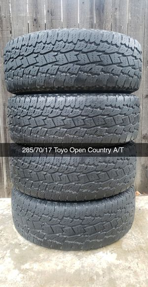 285/70/17 Toyo open Country A/T 200$ for Sale in Riverside, CA