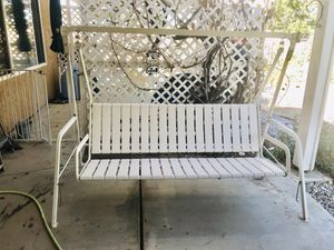 Heavy Duty Patio Porch Swing for Sale in Apple Valley, CA
