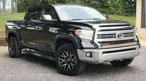 4Door Toyota Tundra*2014 for Sale in Fort Worth, TX