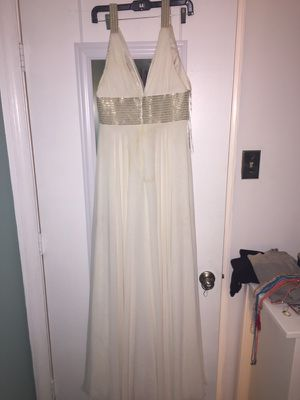 Size 6 Long white gown /wedding dress for Sale in Silver Spring, MD