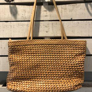 Hobo Shoulder Bag for Sale in Mountlake Terrace, WA