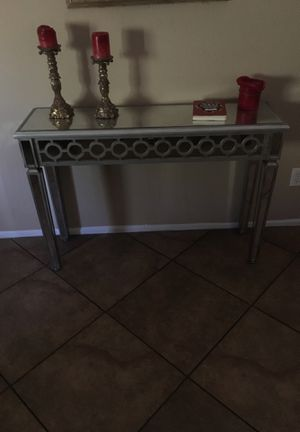 MODER MIRROR CONSOLE TABLE for Sale in Laveen Village, AZ