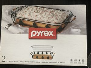 Pyrex Christmas Serveware Set for Sale in Harpers Ferry, WV