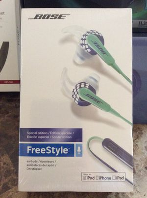 Bose headphones for Sale in Hyattsville, MD