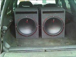 3 15s audiopipe subwoofers n amp for Sale in Detroit, MI