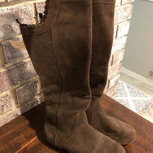 Gap Girls Knee High Boots Size 2 for Sale in Pompano Beach, FL