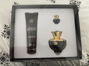 Versace Dylan Blue Women's Perfume Set for Sale in Centreville, VA