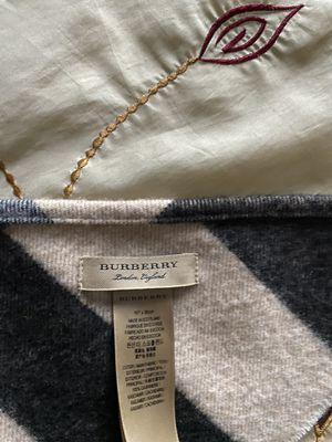 CAMEL CHECK - Burberry Check Cashmere Scarf for Sale in Sterling Heights, MI