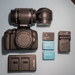 Canon T6i w/ Kit lens, 50mm 1.8, 3 Batteries + Chargers for Sale in San Jose, CA