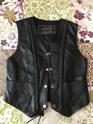 Women's Leather Vest for Sale in Aurora, IL