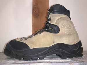 La sportiva Makalu Mountaineering boots, tan, size EU-46.5 for Sale in Louisa, VA
