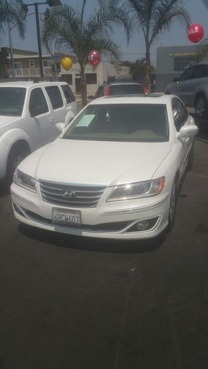 2011 hyundai azera with only64k for Sale in Los Angeles, CA