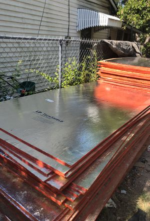 Radiant Barrier Plywood/Decking Brilloso for Sale in Fort Worth, TX