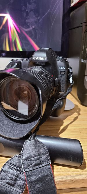 Used Canon 5d n 24-105mm L lens $700 for Sale in New Rochelle, NY