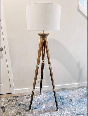 Tripod lamp / floor lamp for Sale in Tacoma, WA