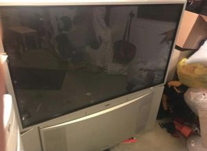 Big screen tv for Sale in Smithville, MO