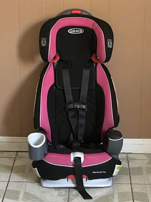 PRACTICALLY NEW GRACO NAUTILUS CONVERTIBLE CAR SEAT 3 in 1 for Sale in Riverside, CA