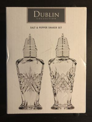 Dublin Crystal Salt and Pepper Shaker for Sale in San Diego, CA
